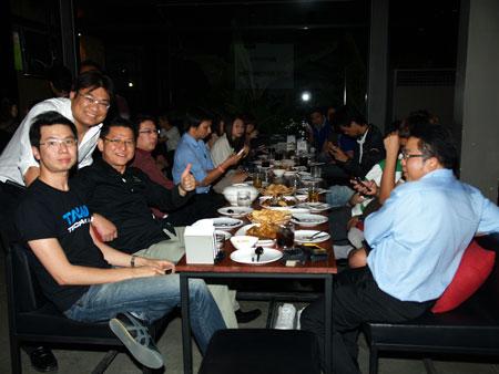 เก็บตกงาน HTC DAYs กับเหล่า Blogger