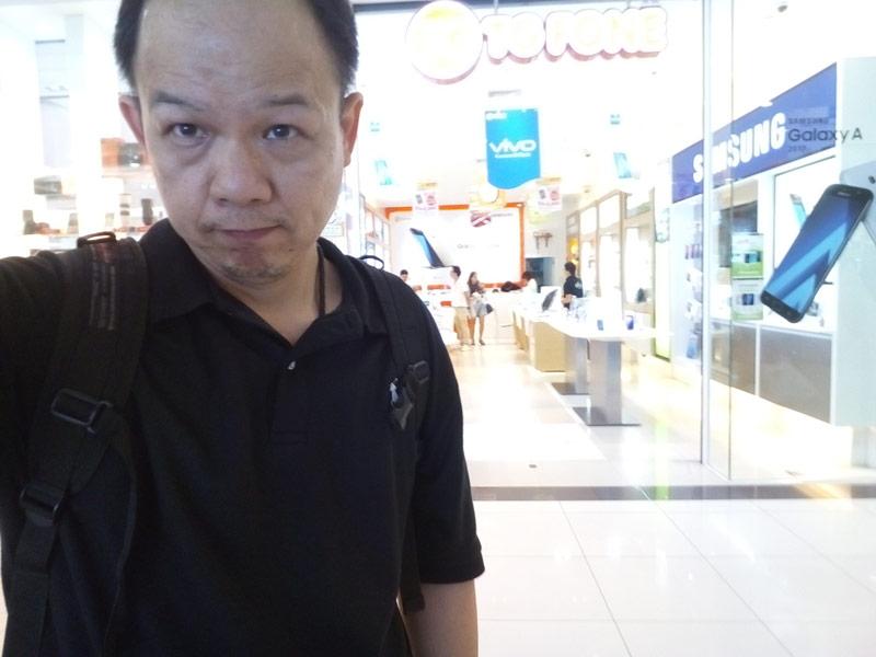 สำรวจ ตลาด ณ ห้าง Fashion Island