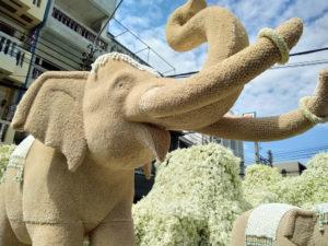 ซุ้มดอกไม้เพื่อพ่อ ปากคลองตลาด