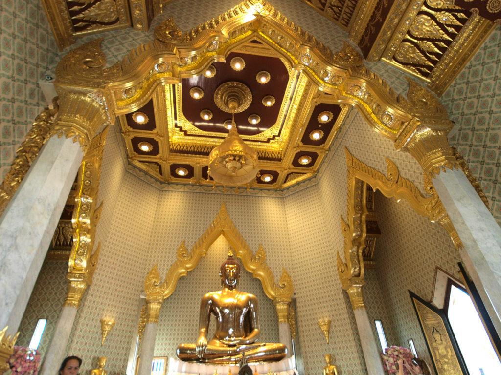 พระพุทธรูปทองคำ วัดไตรมิตร